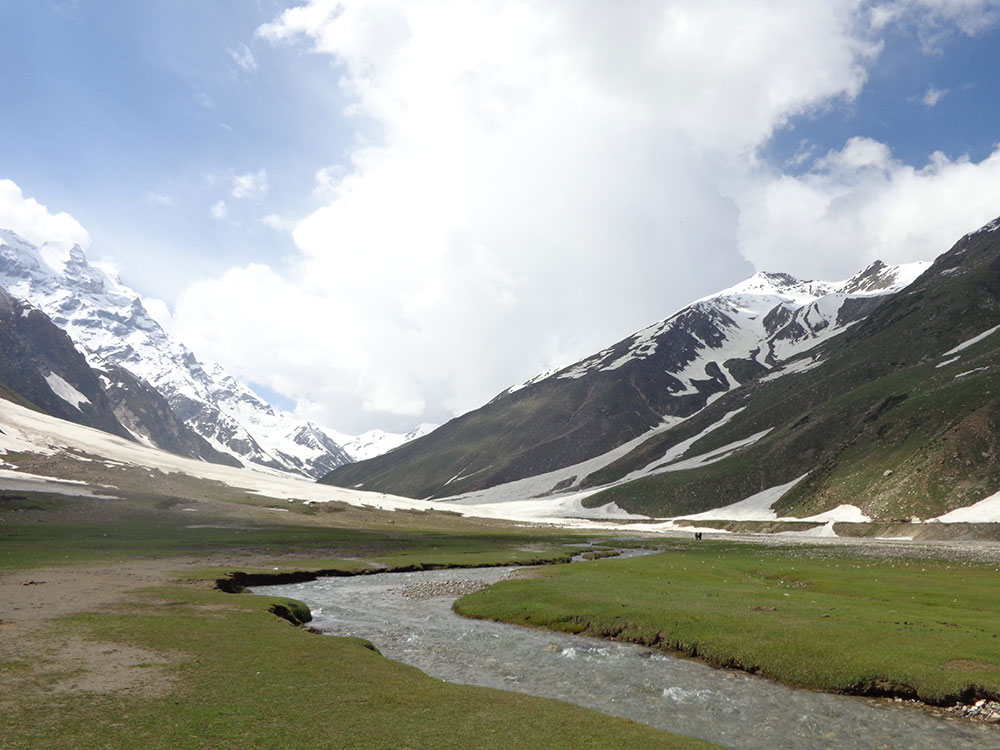 Lake Saif-ul-Malook Starting-point